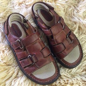 Vintage high Sierra Fisherman Sandals